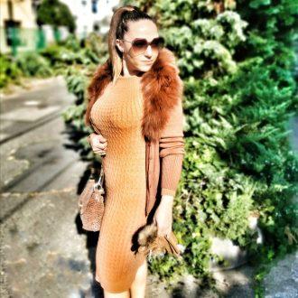 női kötött barna ruha